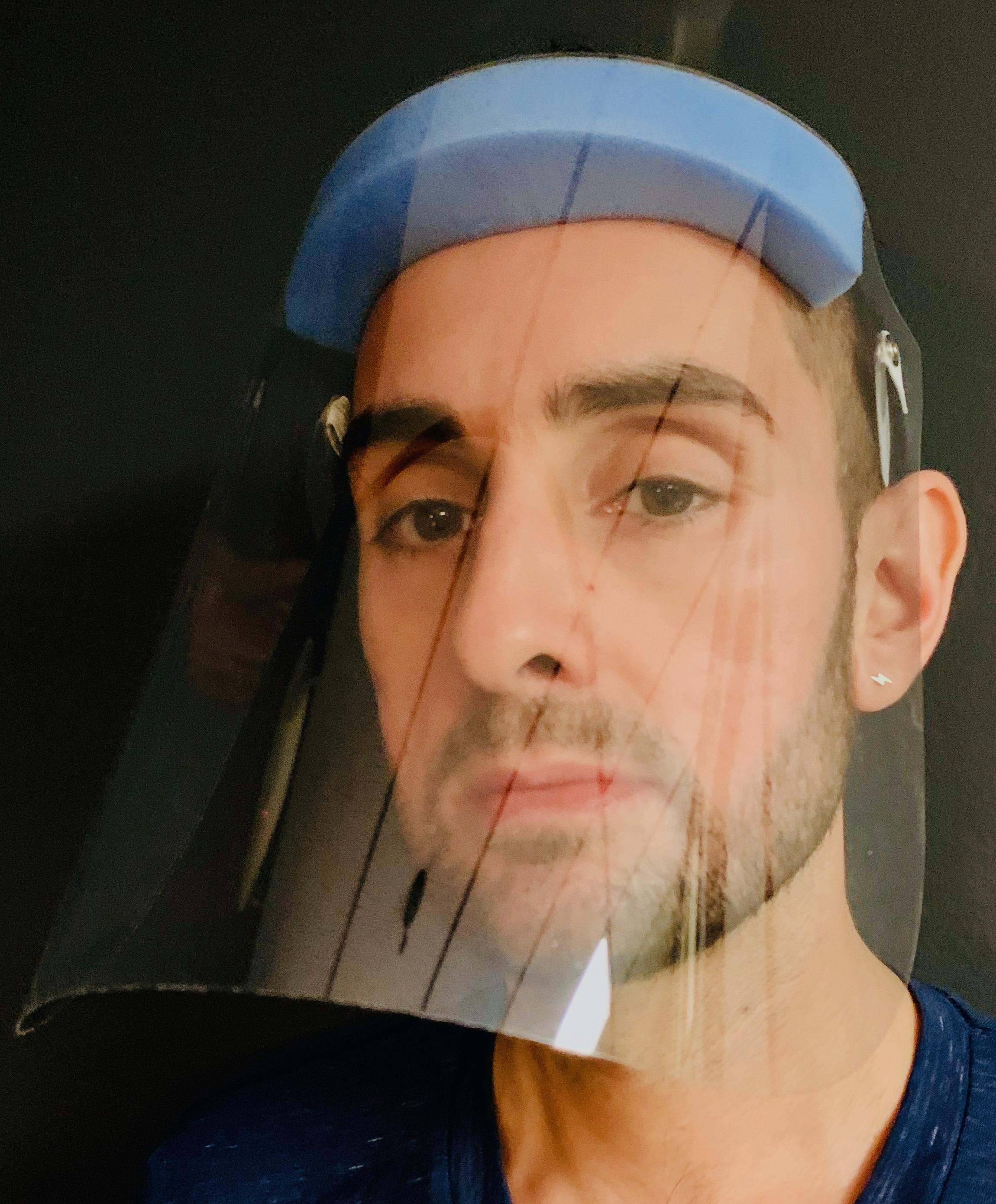 standard face mask front image