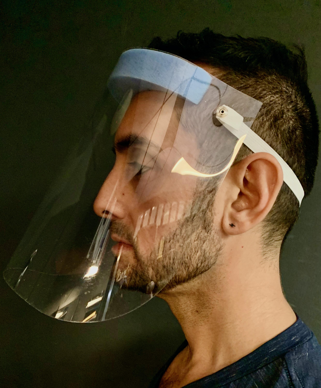 standard face mask profile